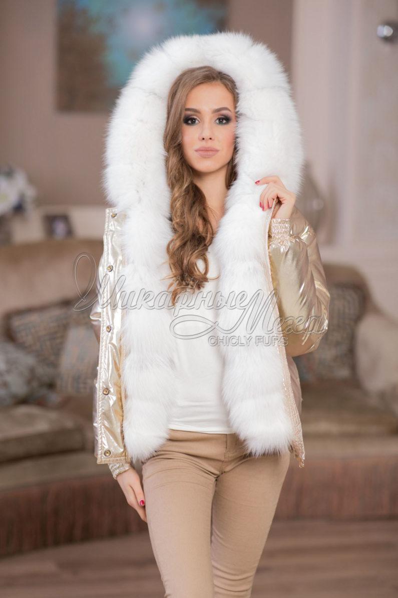 Sort dame parka med ægte pels i sølvræv i Italiensk bomuld